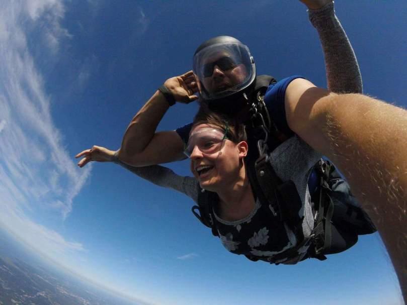 skydiving-sky_orig.jpeg